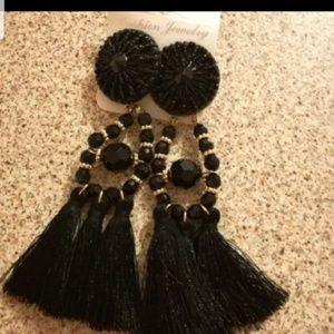 🌺last one🧤 boho tassel earrings